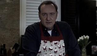 Kevin Spacey, Frank Underwood rolüyle yeniden ortaya çıktı