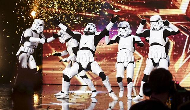 Britain's Got Talent programında Stormtrooperların dansı!