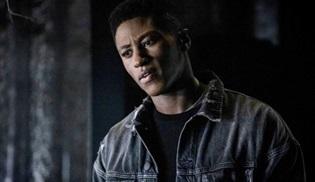 Joseph David-Jones, Arrow'da ana kadro oyunculuğuna terfi etti