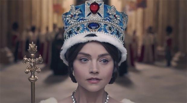ITV'nin yeni dizisi Victoria'nın yeni fragmanı geldi!