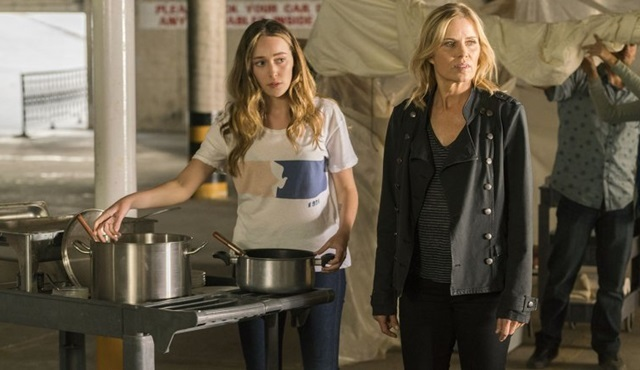 Fear the Walking Dead dördüncü sezon onayı aldı