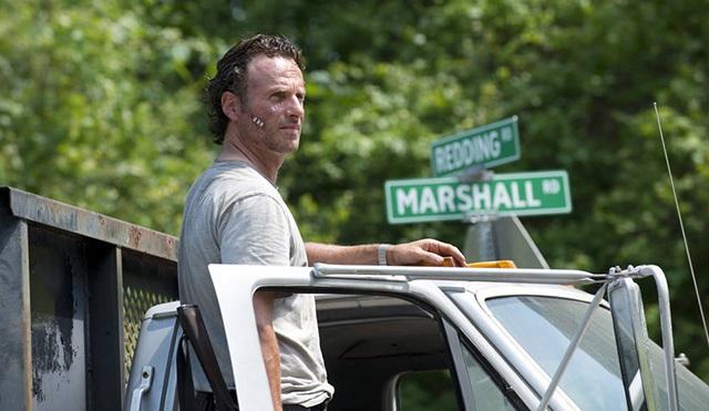 The Walking Dead 6. sezona Amerika dışında nasıl başladı?