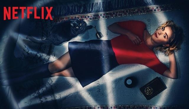 Chilling Adventures of Sabrina'nın ikinci sezonu 5 Nisan'da başlıyor!