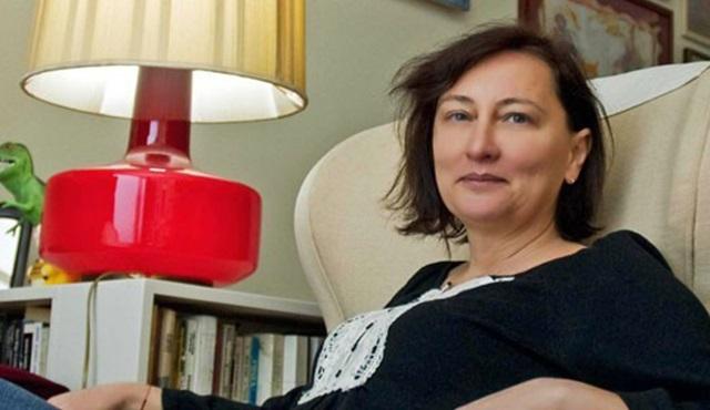 Star Tv'nin uyarlama draması Anne'ye yazar takviyesi geldi..