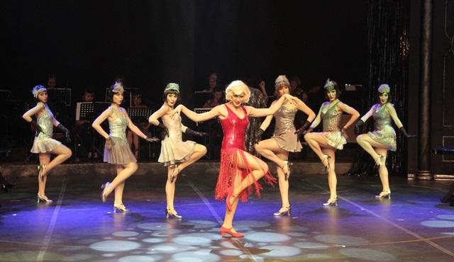 ''Sugar|Balım'' müzikali muhteşem bir kadroyla şimdi Türkiye'de!