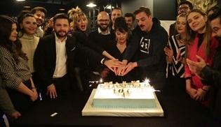 Kalk Gidelim dizisinin ekibi 100. bölümü birlikte kutladı!