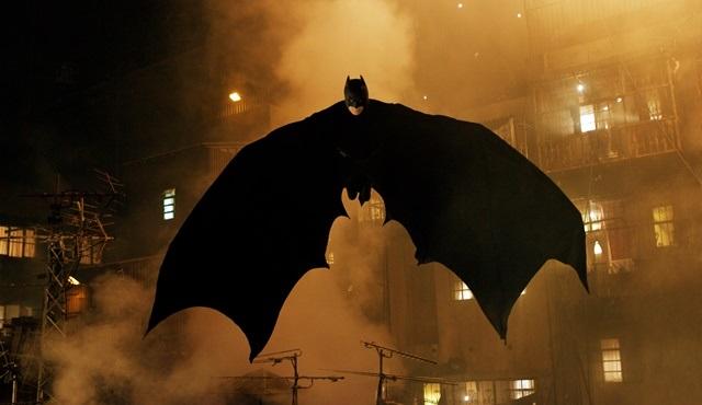 DMAX'te Batman serisi devam ediyor: bu haftanın filmi Batman Başlıyor!