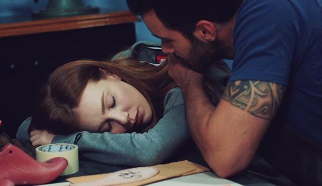 Arızalı sevgilim, uyuyan güzelim