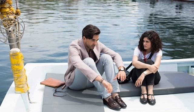 Seviyor Sevmiyor | Deniz confesses everything to Yiğit