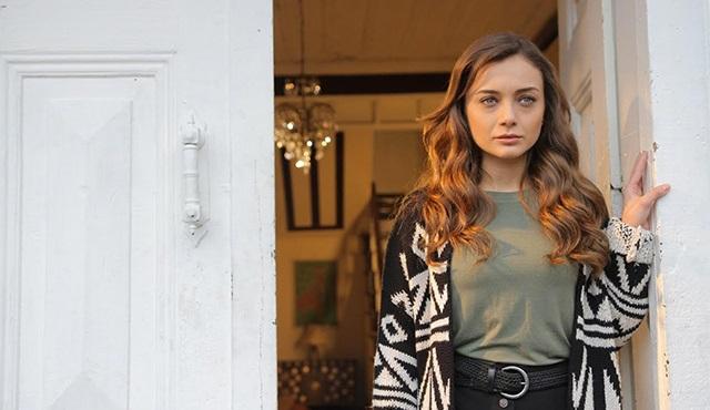 Mert Fırat ve Damla Sönmez'in rol aldığı Aşk ve Gurur, Show Tv'de başlıyor!