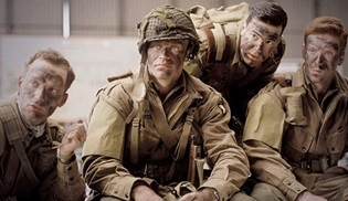 Band of Brothers ve The Pacific'in devam dizisi Apple'dan geliyor: Masters of the Air