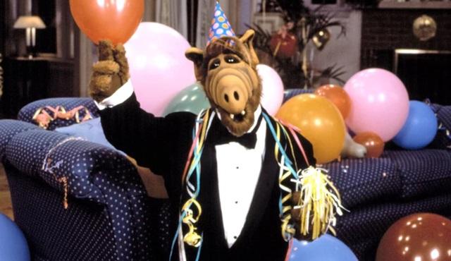 Warner Bros, Alf'i geri döndürmek için hazırlıklara başladı
