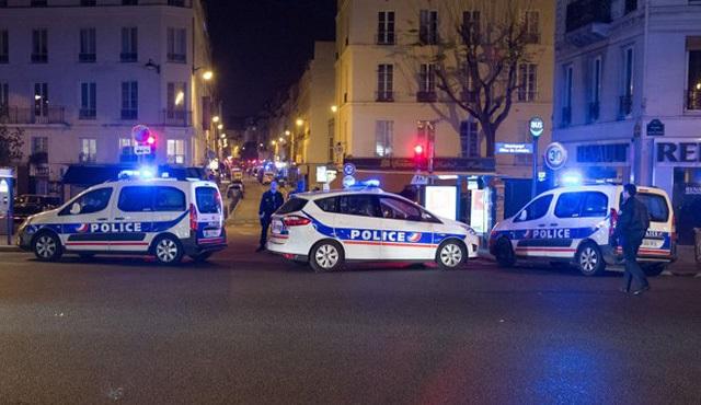 Paris'teki saldırılardan sonra basın Fransa'ya girebilecek mi?