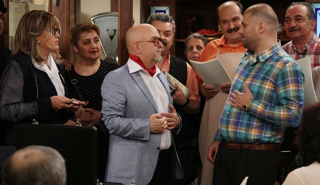 The Eighties: Residents of Çınaraltı are about to hit jackpot