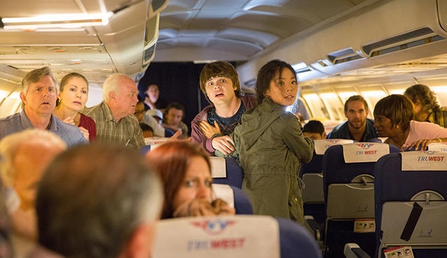 16 bölümlük Fear The Walking Dead: Flight 462 mini serisi geliyor