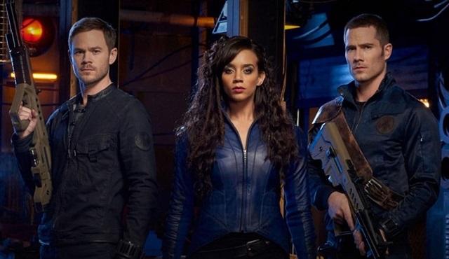 Syfy, Dark Matter'ı iptal edip Killjoys'a iki sezonluk onay verdi