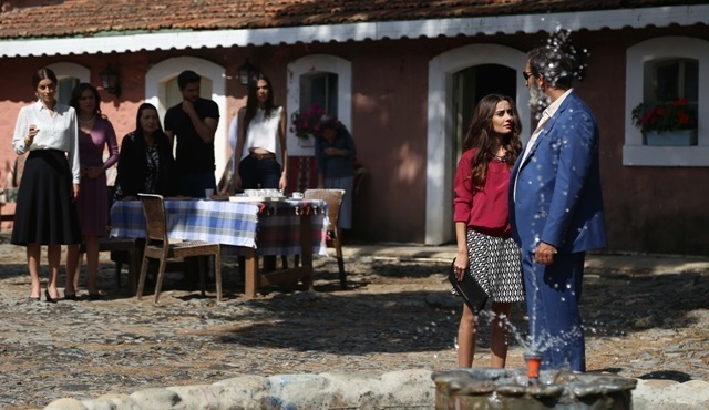 Sen Benimsin: Yenilmez family fall into Elvan's hands