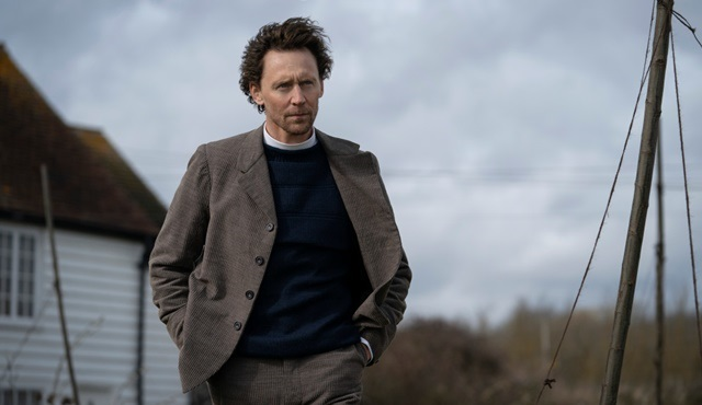 Tom Hiddleston, The Essex Serpent dizisinin kadrosuna katıldı