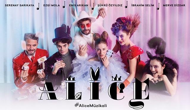 Alice Müzikali'nin afiş çekimi kamera arkası görüntüleri yayınlandı!