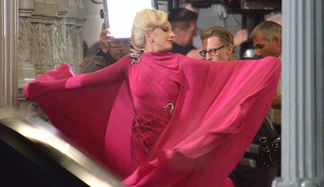 Lady Gaga, ilk kez American Horror Story: Hotel setinde görüntülendi