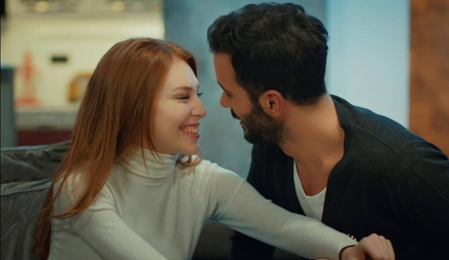 Kiralık Aşk: Bir gülüşte saklı aşk*
