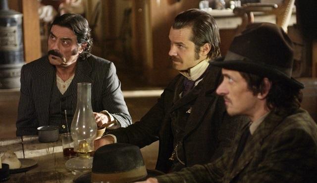 Deadwood dizisinin filminin geleceği kesinleşti