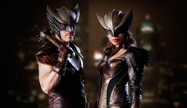 Hawkman ve Hawkgirl'ün kostümleri ortaya çıktı