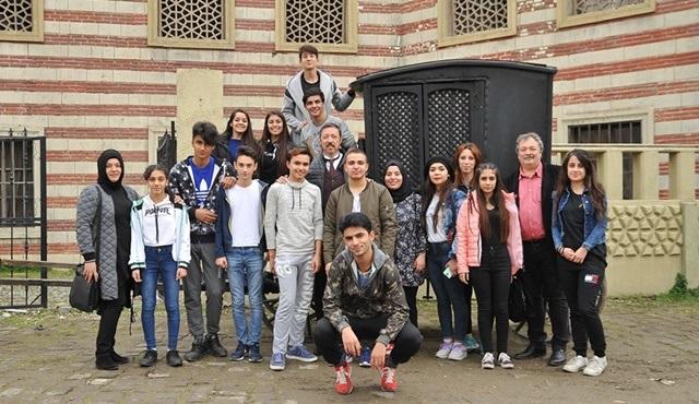 Sinema Atölyesi öğrencileri, Payitaht Abdülhamid'in setini ziyaret etti!