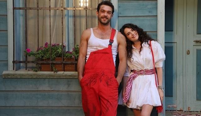 Çatı Katı Aşk dizisinin setinden ilk kareler yayınlandı!