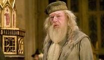 Dumbledore, Fantastik Canavarlar film serisine geliyor!