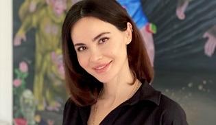 Zeynep Demirel, Seksenler'in oyuncu kadrosuna dahil oldu!