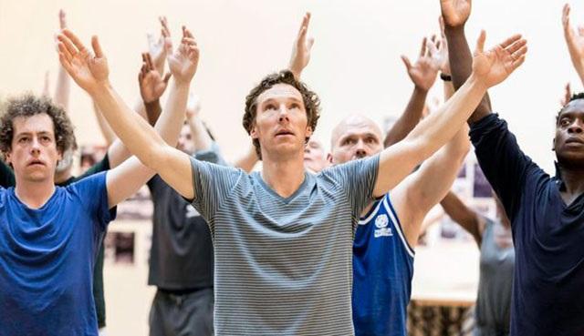Benedict Cumberbatch'in Hamlet'ine basın erken sızdı