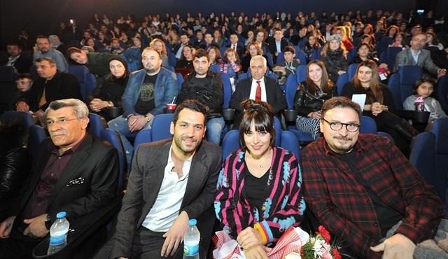 Kocan Kadar Konuş Diriliş ekibi Adana'da seyircisiyle buluştu!
