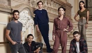 Netflix'in yeni fantastik dizisi Shadow and Bone 23 Nisan'da başlıyor