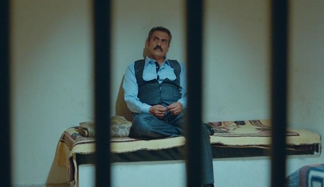 Aşk Zamanı'nda Orhan hapishaneye düşüyor!