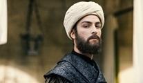 Boran Kuzum, Türk-İran ortak yapımı Mest-i Aşk filminin kadrosunda!
