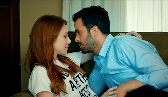 Love For Rent | Ömer plans a romantic 'abduction' for Defne!