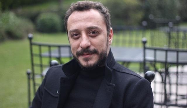 Hakan Karsak, Uluslararası İpekyolu Kısa Film Yarışması'nda en iyi erkek oyuncu ödülünü aldı!