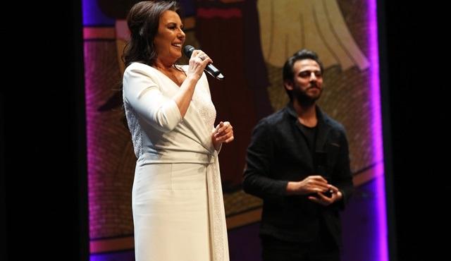 Perihan Savaş, 37. İstanbul Film Festivali'nde Sinema Onur Ödülü'ne layık görüldü!