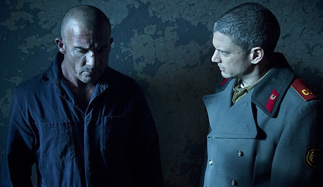 Legends of Tomorrow: Prison Break!