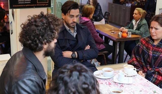 Sosyal TV | Pazar günleri zirve Seviyor Sevmiyor'dan sorulur!