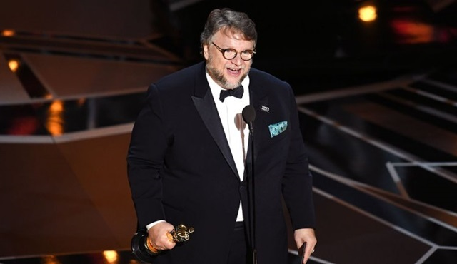 Guillermo del Toro ve Netflix'ten yeni dizi geliyor: 10 After Midnight