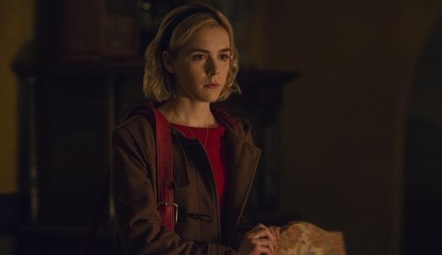 Netflix, 26 Ekim'de başlayacak Chilling Adventures of Sabrina'ın fragmanını ve resmi afişini paylaştı!