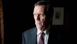 Hugh Laurie, Agatha Christie'nin Neden Evans'a Sormadılar? romanını diziye uyarlayacak