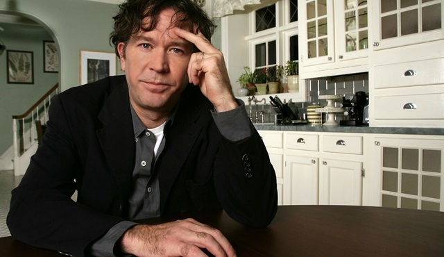 Timothy Hutton, Netflix dizisi The Haunting Of Hill House'un kadrosuna dahil oldu