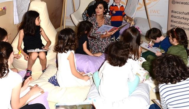 Tuba Büyüküstün, Anneler Günü'nü marka elçisi olduğu IWC ile kutladı!