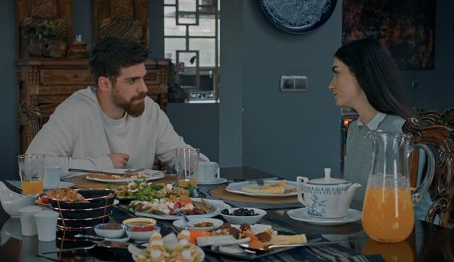 Alev Alev dizisinde İskender, Çiçek'e duygularını ifade ediyor!
