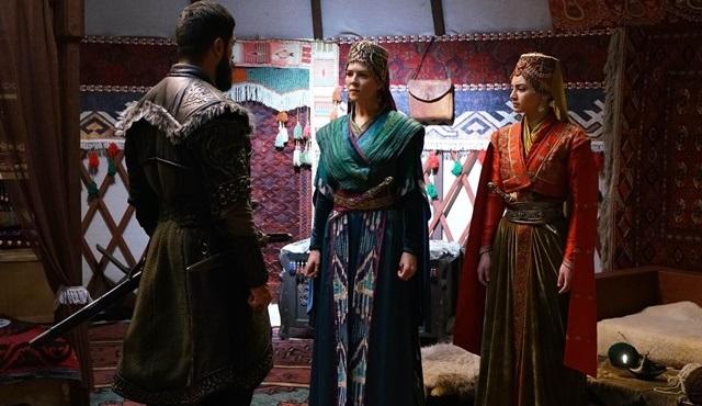 Bala Hatun ve Malhun Hatun güçlerini birleştiriyor!