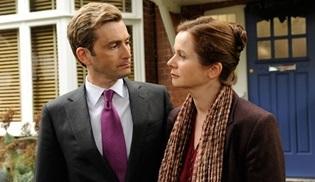 Showtime, The Politician's Husband'ı  uyarlamayı planlıyor