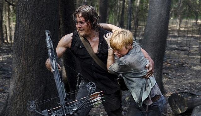 The Walking Dead 6. sezona kaldığı yerden FX'te devam ediyor